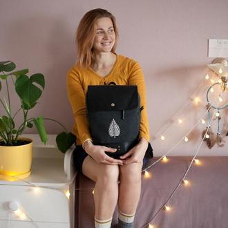 Городской рюкзак из натуральных материалов - кожи и хлопка