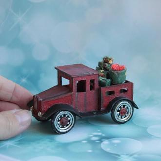 Ретро автомобиль красный, миниатюра для кукол