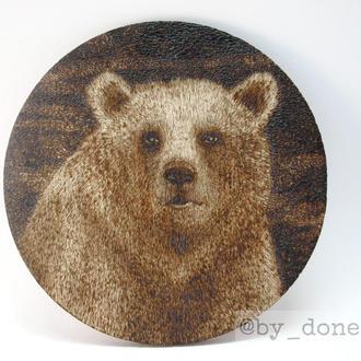 """Костер (подставка под чашки/кружки/бокалы/стаканы) """"Медведь"""", выжигание, пирография по дереву"""