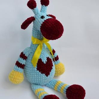 Жираф плюшевый (игрушка вязаная)