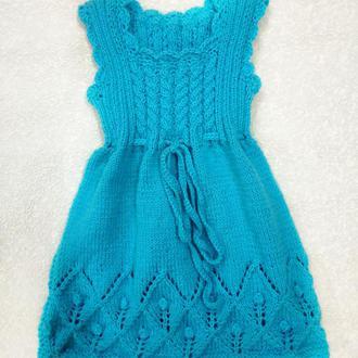 Вязаное платьице