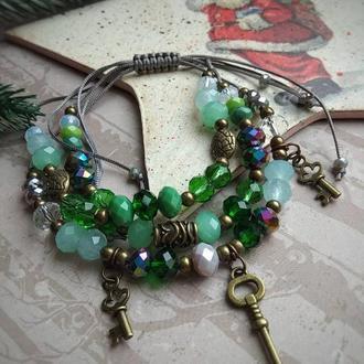 Тройной браслет с шармами