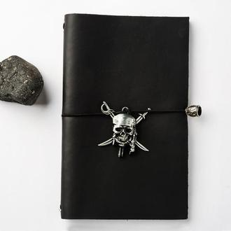 Черный пиратский блокнот с Черепом