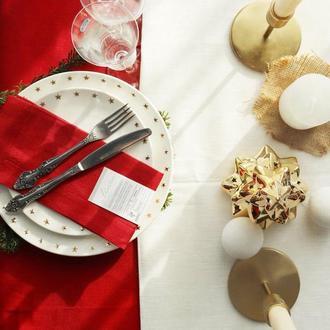 Салфетка красного цвета. Лен 100%. Декорирования стола. Натуральный текстиль.