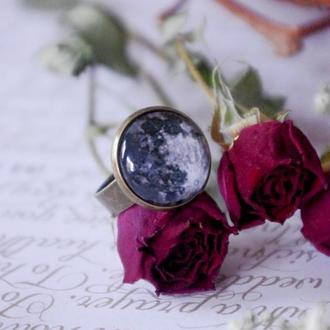 Кольцо Луна