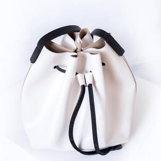 Женская кожаная сумка Bucket Bag (с косметичкой)