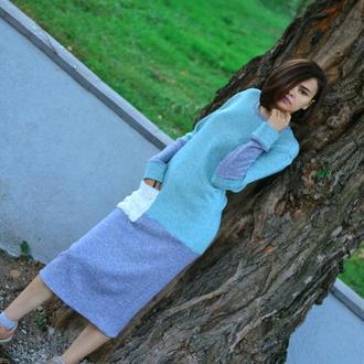 Комфортное красивое теплое оригинальное платье миди
