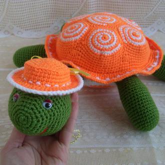 Черепаха в шляпке