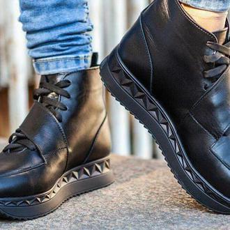 Женские зимние ботинки/ кроссовки
