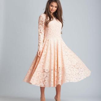 Румяна розовый кружевное платье