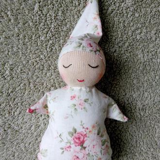 Соня, вальдорфська лялька