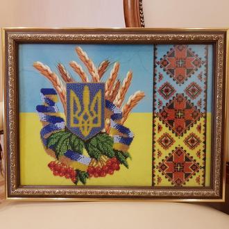 ГОТОВАЯ КАРТИНА Украинские символы (бисер, 9239 бисерин, 27,2*36см)