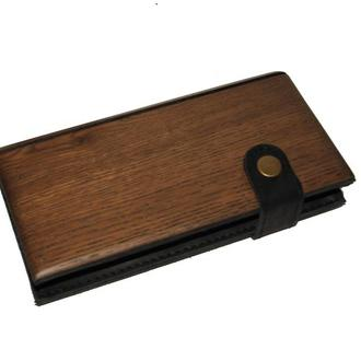 Длинный женский кожаный кошелек с деревянным корпусом. Именнная гравировка в подарок.