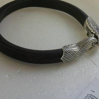 Кожаный браслет с серебряной застежкой