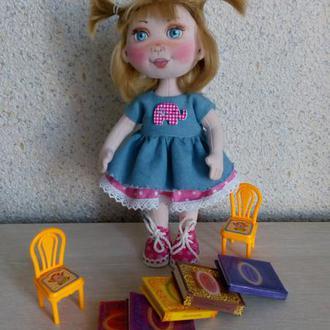 текстильная кукла Оля.