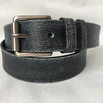 Серый стильный ремень под джинсы