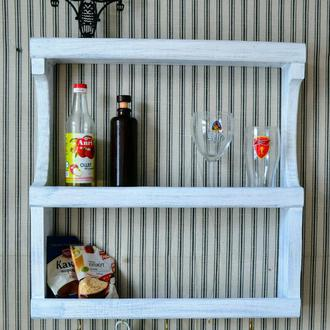 Кухонна дерев'яна  поличка    для посуду та спецій. Навесная деревянная полка на кухню.