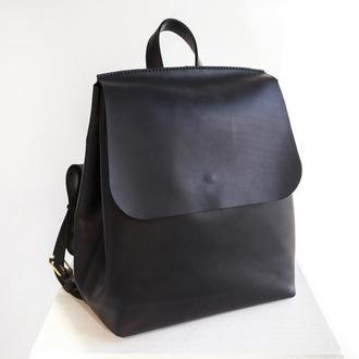 Женский кожаный рюкзак She Backpack черного цвета