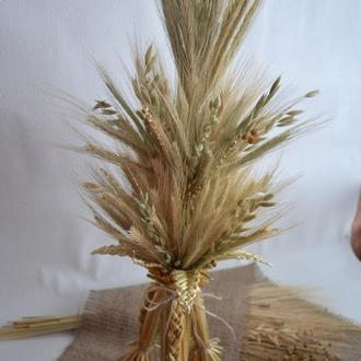 Традиционный дидух из соломы