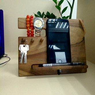 Подставка для телефона, кошелька, часов, ключей с тремя крючками