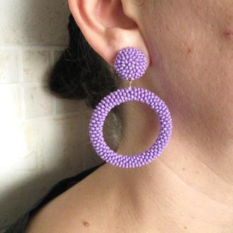 Фиолетовые серьги кольца из бисера (40 цветов)