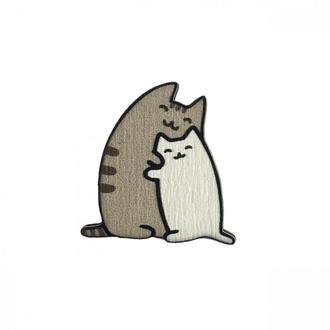 """Значок из дерева """"Котики обнимашки"""""""