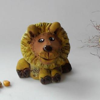 Фигурка льва