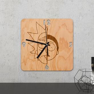 Настенные часы из древесины «Rick and morty»