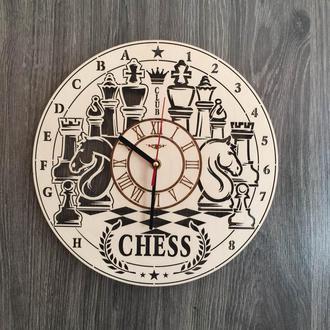 Деревянные часы на стену «Шахматы»