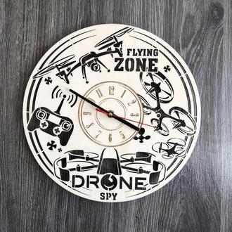 Концептуальні годинник з дерева на стіну «Дрони»