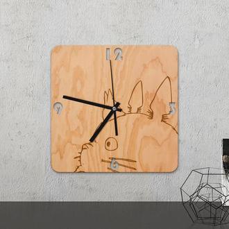 Настенные часы из древесины «Totoro »