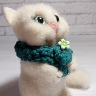 Игрушка кошка. Валяная игрушка. Милая кошечка. Кот. Котик