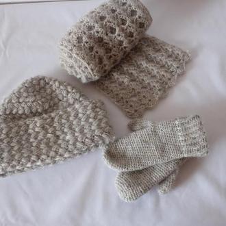 Комплект шапка,шарф.варежки вязаные крючком
