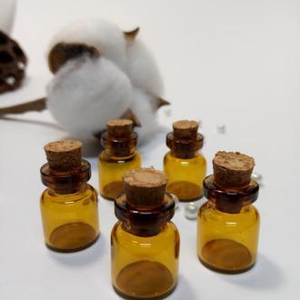 Миниатюрная коричневая стеклянная бутылочка 18*12 мм  для разного вида творчества