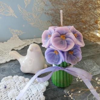 Ароматизированная свеча Букет фиалок