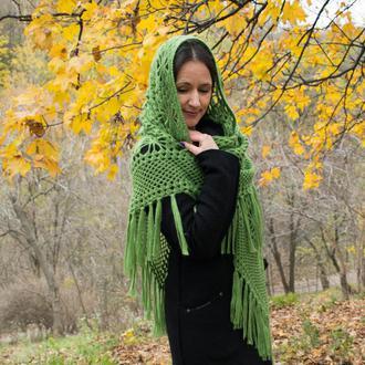Шаль Травянистая зелень связанная крючком