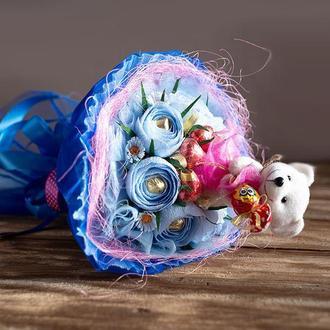 Букет с конфетами . Лав из )) .