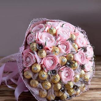 Букет с конфетами Ferrero . Сияние .