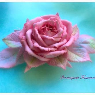Заколка- брошь из фоамирана Роза