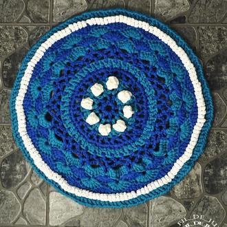 """Вязаный ажурный яркий ковёр """"Морской"""", синий / В'язаний ажурний яскравий килим """"Морський"""", синій"""