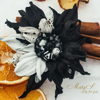 Брошь под заказ «MaryS Leather Accessories» от Cтудии кожаных аксессуаров Марии Суслиной