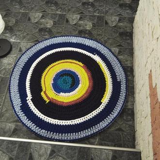 Яркий, круглый, коврик из трикотажной и ленточной пряжи / Яскравий, круглий, килимок