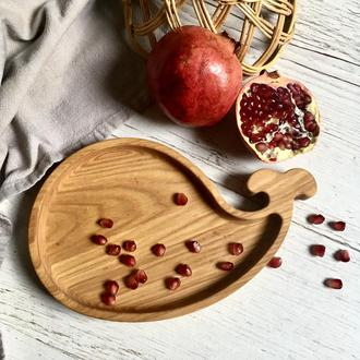 Деревянная тарелка Кит