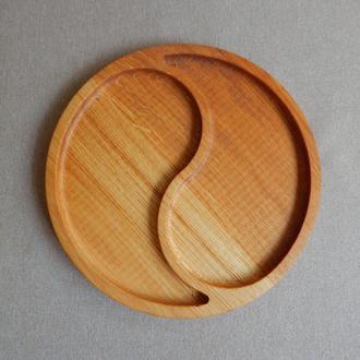 Тарелка менажница на две секции.  Кухонные доски из дерева.Доски для подачи из дуба.