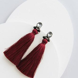Шелковые серьги-кисти Марсала с серыми кристаллами