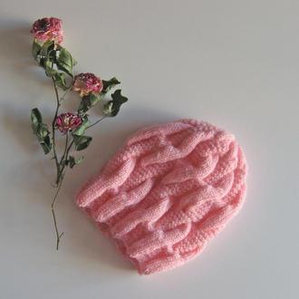 Вязаная мохеровая шапка для девушки
