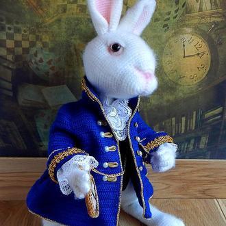 Белый кролик из Алисы