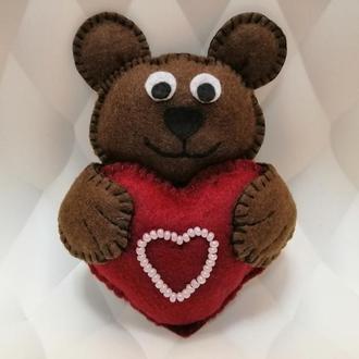 Мишка-валентинка