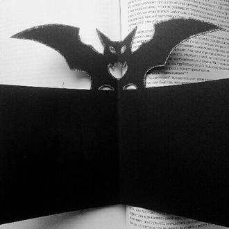 Летучая мышь открытка