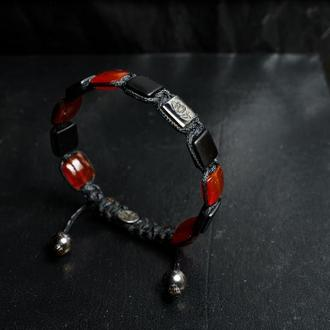 Мужской браслет из красного и черного оникса и серебра  черном родие